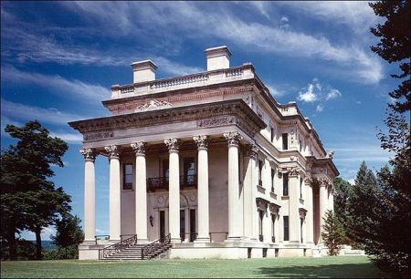 A visit to the Hyde Park Vanderbilt Mansion brought to mind a scripture that related to a forthcoming heavenly dining experience.