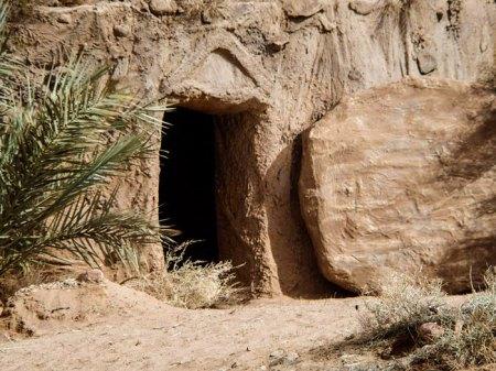 empty tomb new